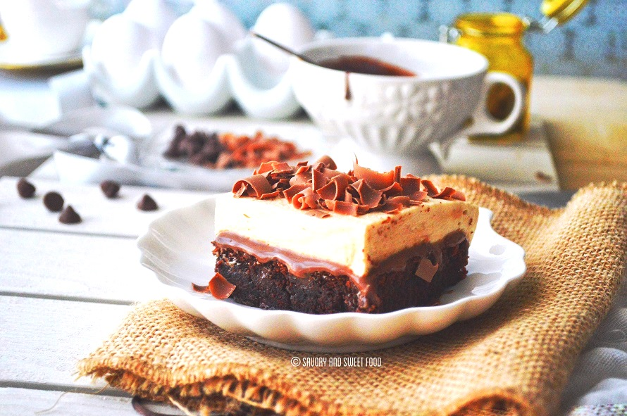 chocolate-poke-cake-cheesecake